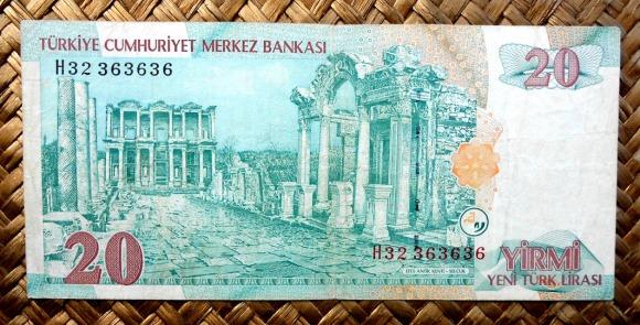 Turquía 20 liras 2005 pk.219 reverso