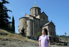 Iglesia armenia Metekhi